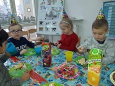 4 urodziny Maksia grupa Pingwinki