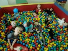 5-latki grupa Delfinki - Urodziny Filipka
