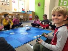 grupa Jeżyki - Kodowanie na dywanie - Zabawy z Photonem