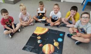 grupa Jeżyki, Sówki i Wiewiórki - Tydzień V - Mali odkrywcy tajemnic kosmosu