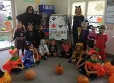 grupa Jeżyki - Zabawa Halloween