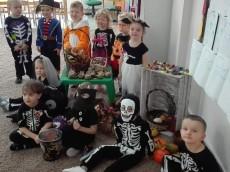 grupa Kangurki - Zabawa Halloween