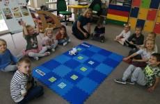 grupa Sówki - Kodowanie na dywanie - Zabawy z Photonem