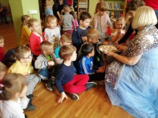 grupa Sówki - wizyta w Miejskiej Bibliotece Publicznej