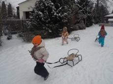 Misie 3 latki - Zabawy na śniegu